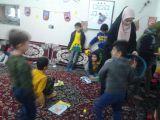 خبرمدرسه-فعالیت واحد پاسخگویی درمصلی نمازجمعه 1/11/95-بوئین زهرا